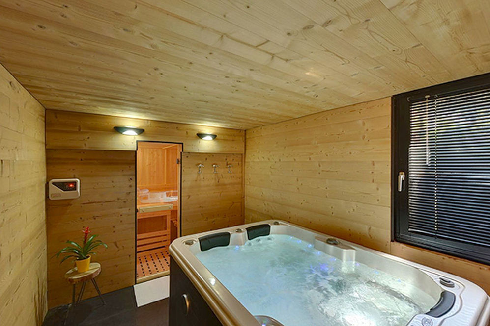 Best Hotel Annecy - Jacuzzi